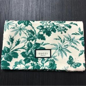 GUCCI Beauty  Bloom Makeup Bag / Cosmetic Bag